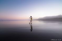 Walk the sea by Hidenobu Suzuki on 500px