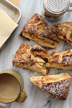Apple pie scones (swap out flour) Quick Bread Recipes, Apple Recipes, Sweet Recipes, Scone Recipes, Cooking Bread, Cooking Recipes, Meal Recipes, Apple Scones, Apple Pies