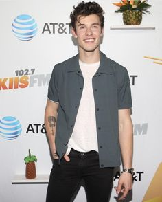 Best Army, Mendes Army, Lil Boy, Army Love, Baby Daddy, Shawn Mendes, Boys Who, Boy Outfits, Hot Guys