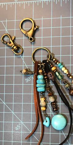 CiannaH Creations Add a statement to your purse or handbag! Handmade Purses, Handmade Jewelry, Tassel Purse, Beads And Wire, Jewelry Crafts, Jewelry Ideas, Turquoise Beads, Beaded Jewelry, Beaded Bracelets