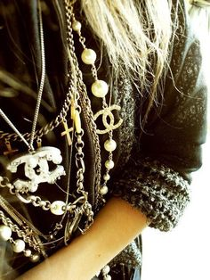Layers of CC, can also add chains, rosaries and/or scarves.