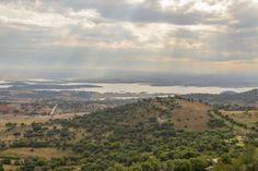 ALENTEJO WEINROUTE – WEIN ERLEBBAR MACHEN | Via Worldtrav In der Vergangenheit hatten wir euch bereits die Reiseregion Alentejo in Portugal vorgestellt. Viele denken bei Portugal direkt immer an die Küstenregion Algarve mit seinen Stränden, doch das Hinterland hat seinen ganz eigenen Reiz.