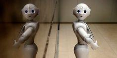 Los Robo-Advisors son gestores de inversión basados principalmente soluciones informáticas. El proceso es el siguiente; el robot asigna un perfil de riesgo a los clientes en función de las respuestas que éstos ofrecen en un cuestionario y, después, les ofrecen una cartera diversificada de fondos de gestión pasiva acorde al perfil de inversión del cliente.
