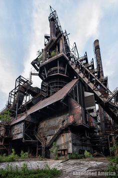 Before the Sands Casino made it impossible to access, the former site of the Bethlehem Steel plant was one of the most amazing industrial ruins of our time. By Matthew Christopher of Abandoned America. Also has 360 views Abandoned Detroit, Abandoned Malls, Abandoned Warehouse, Abandoned Factory, Abandoned Churches, Abandoned Train, Abandoned Amusement Parks, Abandoned Mansions, Industrial Architecture