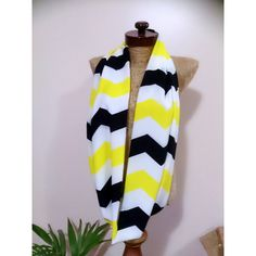 Neon Circle Scarf Infinity Chevron Scarf White Black Neon Yellow... (232.340 IDR) ❤ liked on Polyvore featuring accessories, scarves, black, women's clothing, chevron infinity scarf, black wrap shawl, infinity scarf, loop scarves and chevron scarves