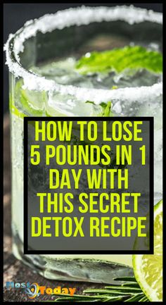 Learn how to lose 5 pounds in 1 day with this secret detox recipe that not many people know about. This secret detox recipe requires only 3 natural ingredients that you may already have in your kitchen cabinet. Weight Loss Meals, Weight Loss Shakes, Weight Loss Drinks, Weight Loss Smoothies, Healthy Weight Loss, Detox To Lose Weight, How To Lose Weight Fast, Lose Fat, Apple Diet