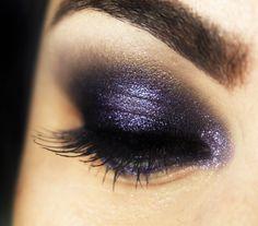 Sombra metálica roxa da Make Up For Ever