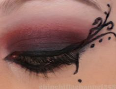 CookingChinchillas: Dark red and black Gothic Eye Make up