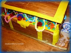Treasure Chest Cake www.samanthasweets.blogspot.com