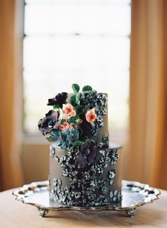 maggie-austin-wedding-cake