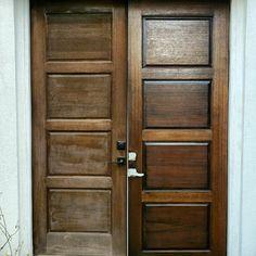 Single 8 fter, side entry door