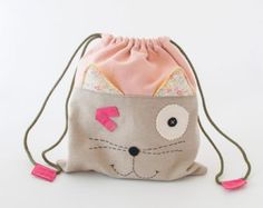 BOLSA MERIENDA NIÑOS gata lisa Fabric Crafts, Diy Crafts, Toddler Bag, Animal Bag, Cordons, Kids Bags, String Bag, Punch, Kids Backpacks