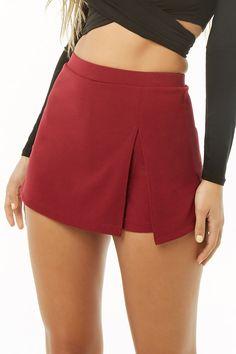 Slit-Front Mini Skort Source by thegracefullyawkward abiti Golf Skirts, Cute Skirts, Mini Skirts, Short Summer Dresses, Summer Outfits, Skirt Outfits, Cute Outfits, Skirt Fashion, Fashion Outfits