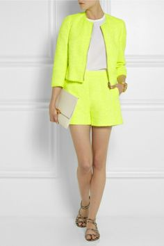 http://www.stylezza.com/spring-summer-2014-must-have-fashion-trends-wear-yellow-1957