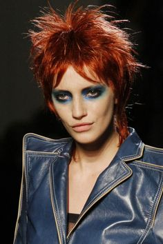 David Bowie Inspired Runway Looks- David Bowie Fashion