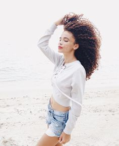 Dreaming of summer beach life and free flowing curls. by texturesnaturalhaircare Curl Formers, Curly Hair Styles, Natural Hair Styles, Bantu Knot Out, Afro Textured Hair, Braid Out, Natural Haircare, Queen, Beach Hair