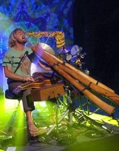 Xavier Rudd - seen him twice at Woodford Folk Festival, blew my mind amazing! Can't wait to see him again Fleet Foxes, Xavier Rudd, Didgeridoo, The Jam Band, Folk Festival, Sounds Good, Music Icon, Gold Coast, Music Is Life