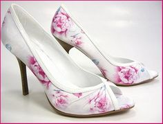 Latest Stylo Shoes Collection For Eid, Eid Shoes, Stylo, Latest Stylo Shoes, Stylish Stylo Shoes, Women Shoes,
