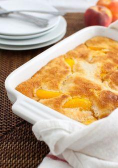 Фото к рецепту: Персиковый коблер.