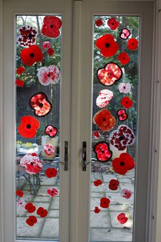 Done - Mixed Media Poppies displayed on window, with our old (completed Poppy Activities For Toddlers, Poppy Day Activities Eyfs, Seasons Activities, Autumn Activities, Remembrance Day Activities, Remembrance Day Poppy, Poppy Craft For Kids, Anzac Day, Craft Projects For Kids