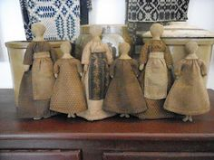 Primitive Heartstrings-Julie's Mothers and Daughters dolls- a Schneeman pattern