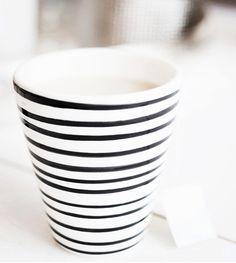 Bruka design Marble Wood, Interior Design Inspiration, Porcelain, Cozy, Ceramics, Mugs, Detail, Tableware, Kitchen