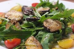 Rucola mit Parmesan und Honigsenf-Dressing Arugula with Parmesan and honey mustard dressing, a refined recipe from the vegetables category. Ratings: Average: Ø Related posts: Rindercarpaccio mit Rucola und Parmesan Parmesan star with tomatoes and olives Chicken Fajita Salad Recipe, Chicken Fajitas, Parmesan, Honey Mustard Dressing, Arugula, Vegan Dinners, Vinaigrette, Healthy Snacks, Food And Drink