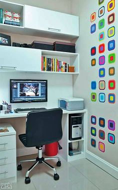 The essentials for a home-office - Simple Decoration- O indispensável para um home-office – Simples Decoração It serves for the home-office and serves for your children& room: The essential for a perfect study corner! Office Interior Design, Office Interiors, Interior Modern, Home Office Furniture, Home Office Decor, Home Decor, Home Office Organization, Office Storage, Trendy Home