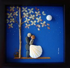 Galets Art Wedding Gift-Unique Wedding Gift-Personalized COUPLE cadeau - mariage cadeau - cadeau fiançailles - mariée et le marié cadeau - amour cadeaux - galet Art à célébrer et à chérir l'occasion spéciale; un cadeau exceptionnel qui sera conservé pour les années à venir. ✿ Art galets avec un sentiment de romantisme, mystère et la magie. ✿ est disponible en 8 x 8 pouces noir shadow box style cadre, environ 1,5 pouce de profondeur. Livré avec verre. Dimensions extérieures du cadre sera…