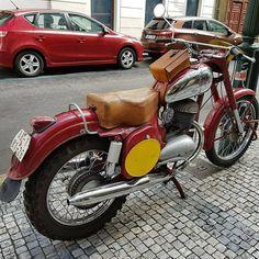 Classic Bikes, Motorcycles, Vehicles, Instagram, Prague, Biking, Motorcycle, Engine, Choppers