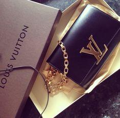 c80f6954a1a91 Fashion Designers Louis Vuitton Outlet