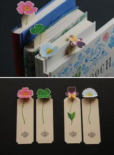 Creative Bookmarks, Diy Bookmarks, Vintage Bookmarks, Corner Bookmarks, Diy Crafts For Gifts, Crafts For Kids, Bookmark Craft, Bookmark Ideas, Watercolor Bookmarks