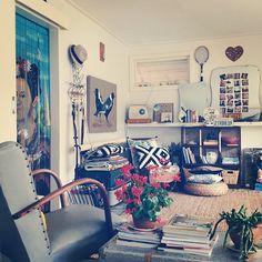 sala com cortina Frida Kahlo