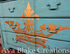 Ava Blake Creations: Royale Gold Crown Dresser