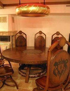 LOTR kitchen, wth (what the hobbit) haha -KL Lotr, A Table, Dining Table, Night Table, Dining Decor, Dining Rooms, Ring Home, O Hobbit, Hobbit Hole