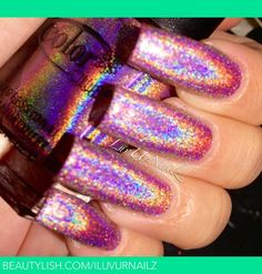 Halo-Graphic Nails #IPAProm the perfect look!