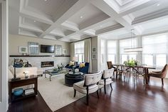 Stylish #living #room design with comfy seats and beautiful #decors. Check more at www.bayareaforsale.com