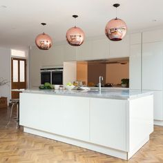 Real home: An Edwardian house remodel invites in views and light minimalist, contemporary, Kitchen, Dyi Kitchen Ideas, Diy Kitchen Decor, Home Decor, Kitchen Designs, Rose Gold Kitchen, Copper Kitchen, Copper Splashback Kitchen, Edwardian Haus, Kitchen Pendant Lighting