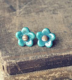 glass garden earrings in turquoise.  #etsy #jewelry