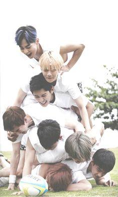 EXO Fiji Photobook Dear Happiness (kai, d.o, sehun, chen, suho, chanyeol, baekhyun, xiumin)