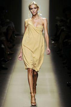 Bottega Veneta Spring 2009 Ready-to-Wear Collection Photos - Vogue