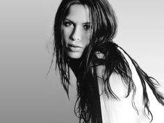 Rhona Natasha Mitra, sometimes credited as Rona Mitra. Movies: Shooter, Hollow Man, Underworld: Rise of the Lycans, The number 23 Lara Croft Model, Most Beautiful Women, Beautiful People, Stunning Women, Stunningly Beautiful, Pretty People, Rhona Mitra, Portraits, Human Art