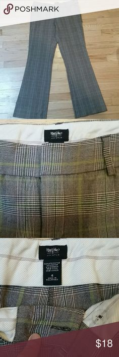 Fun dress pants Very comfortable suit-like dress pants gray and green plaid, so a little more fun than your typical plaid dress pant! Very flattering. Mossimo Supply Co Pants Trousers
