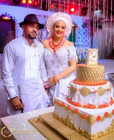 Image may contain: 2 people, people standing Nigerian Wedding Dresses Traditional, Traditional Wedding Attire, African Traditional Dresses, Traditional Weddings, Traditional Cakes, Traditional Clothes, Nigerian Outfits, Nigerian Bride, Nigerian Weddings