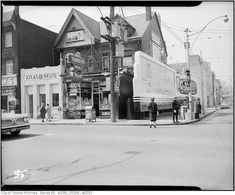 Photographs from the Toronto Archives showing old Toronto Storefronts from the past 100 years. Shops, grocers, butchers, tailor stores have changed lots. Toronto Library, Toronto Ontario Canada, Old Images, Back In Time, Store Fronts, Vintage Photographs, Past, Street View, City