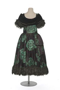 """Paul Poiret, """"Han Kéou"""" Robe de Style Evening Dress. French, 1922. (Back View)"""