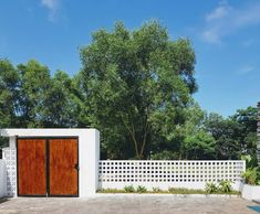ground flooring Gallery of New House / R - House Fence Design, Modern Fence Design, Door Gate Design, Decorative Concrete Blocks, Breeze Block Wall, Compound Wall Design, Concrete Bricks, Tropical Architecture, Bungalow House Plans