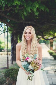 Vintage meets bohemian French wedding: http://www.stylemepretty.com/destination-weddings/2015/11/23/vintage-boho-inspired-romantic-french-riviera-wedding/   Photography: AnneClaire Brun - http://anneclairebrun.com/