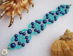 Free pattern for bracelet Blue Lagoon