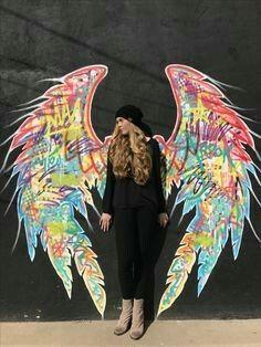 arte de rua - Angel wings, San Angelo Texas US - Graffiti photography_ Murals Street Art, Graffiti Wall Art, Street Art Graffiti, Mural Art, Graffiti Quotes, Graffiti Tagging, Graffiti Wallpaper, Graffiti Alphabet, Graffiti Lettering